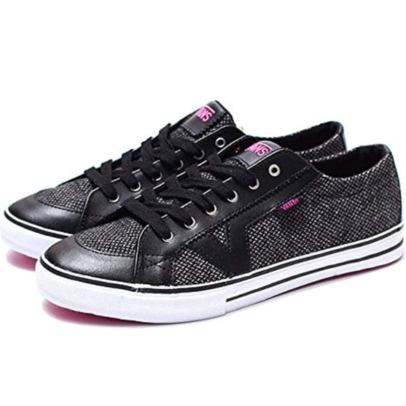 a997fd8f02 VANS Women s Tory Wool Tweed Lo-Top Skate Shoe. M 5b5df1ee0945e0e216179e23